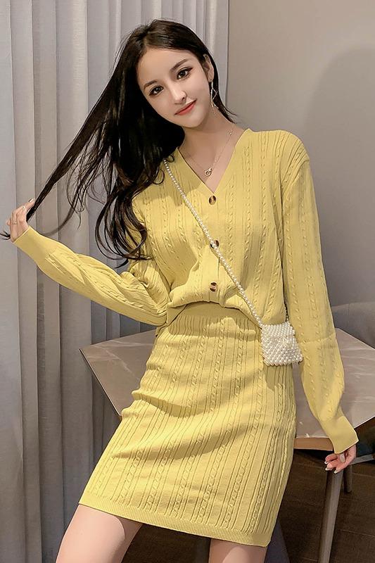 实拍19秋季法式套装裙时尚俏皮两件套秋季女chic网红洋气针织开衫