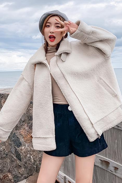 实拍皮毛一体羊羔毛短外套女2019秋冬季新款宽松百搭加厚学生棉服