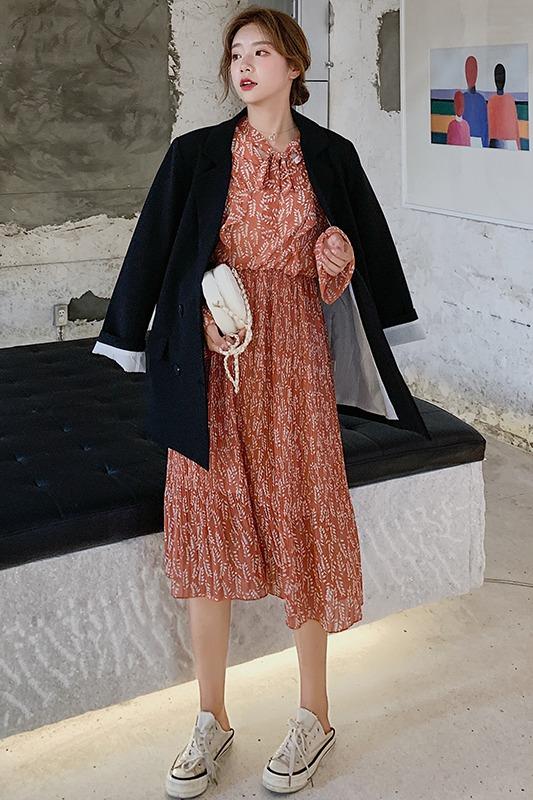 实拍 7280# 秋季新品中长款碎花雪纺连衣裙 荷叶边系带褶皱打底裙