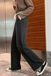 2019秋冬新款宽松垂感拖地风直筒裤子针织条绒阔腿裤女1956实拍