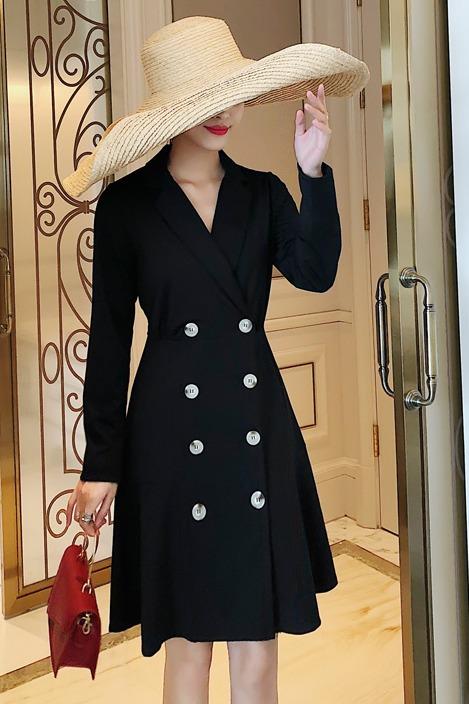 实拍2019新款秋职业西装连衣裙收腰显瘦赫本风小黑裙开衫裙