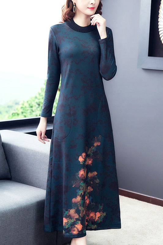 民族风阔太太高端加绒连衣裙秋冬高贵洋气质夫人配大衣的长裙内搭