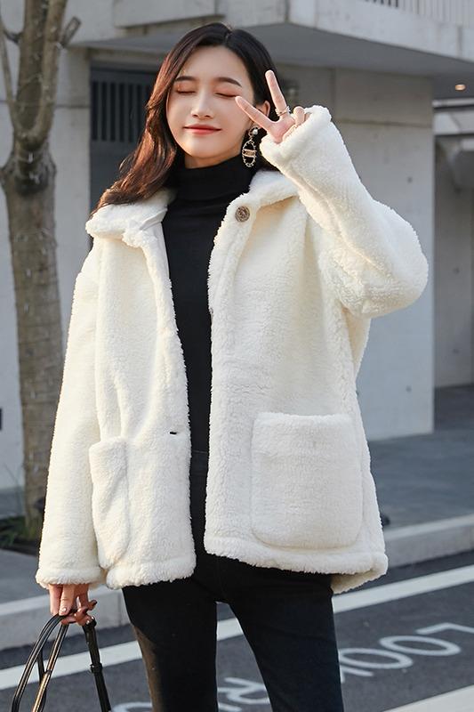 8531# 实拍现货 秋冬新款羊羔毛百搭加厚皮毛一体短款外套