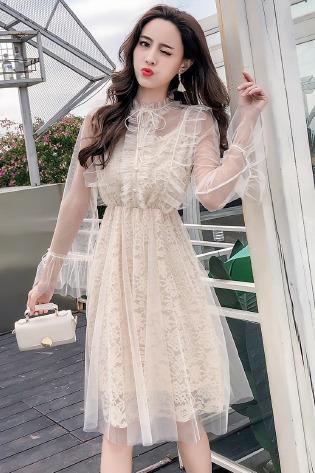 实拍秋冬新款仙女网纱蕾丝拼接连衣裙长袖吊带打底裙法式少女长裙