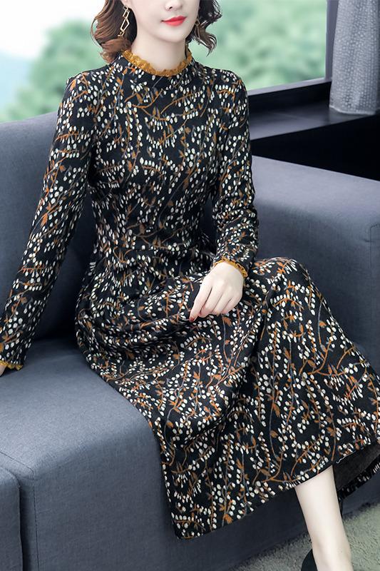 针织连衣裙女装2019新款复古气质中长款碎花秋冬季小个子打底裙子