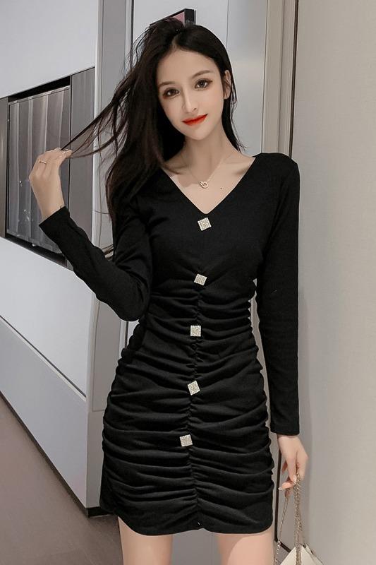 实拍~秋冬季新款法式复古赫本风小黑裙小个子长袖连衣裙显瘦9056#