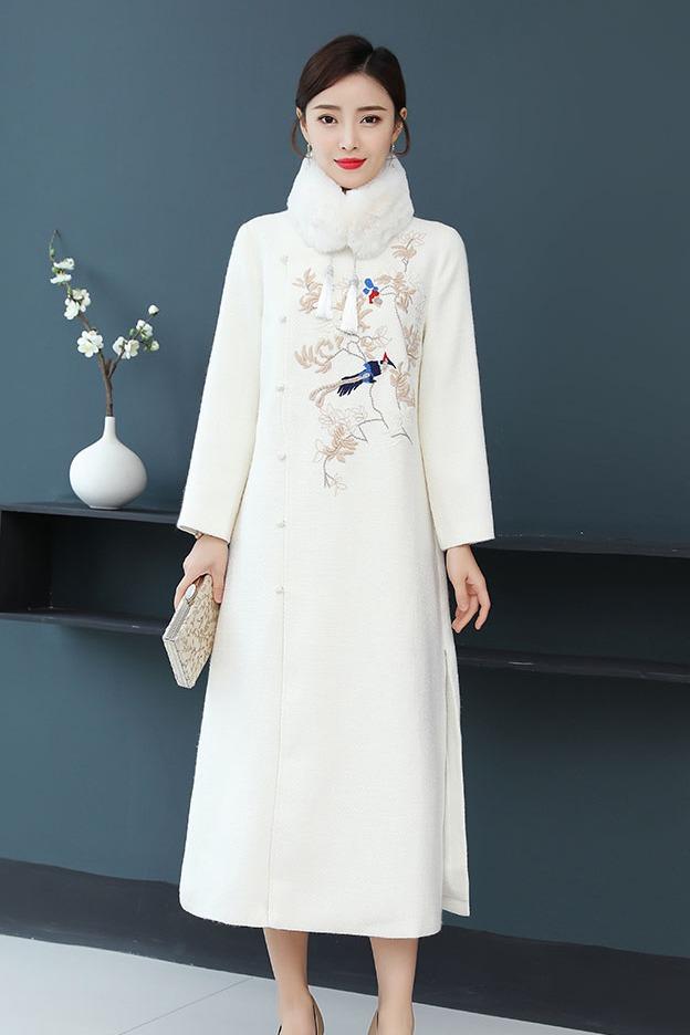 秋冬连衣裙女气质复古修身民族风改良旗袍外套加厚中长款外套
