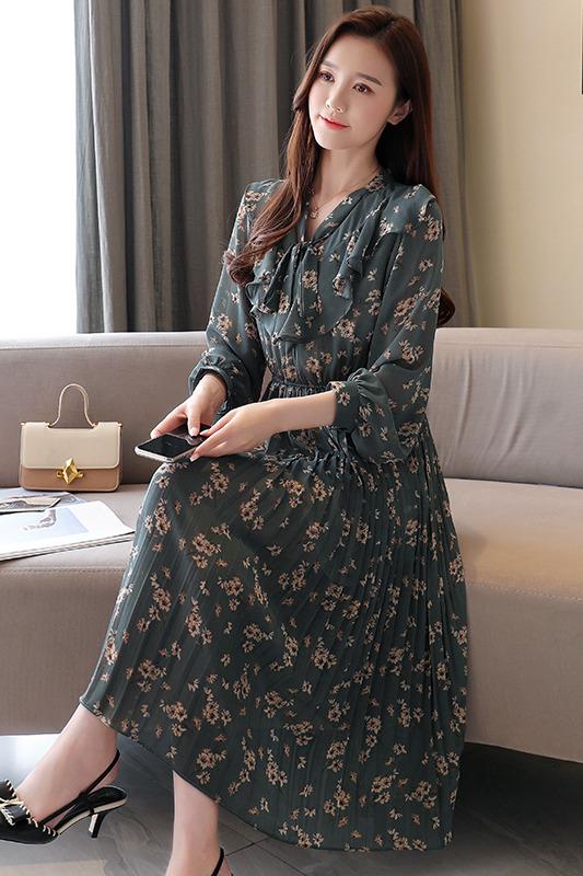 实拍 现货2020新款荷叶边V领蝴蝶结系带长袖中长款复古韩版连衣裙