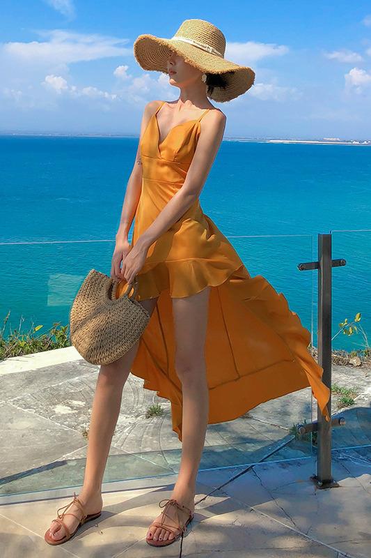 8069#巴厘岛2020年女性感露背V领鱼尾长裙度假裙海边沙滩裙吊带裙