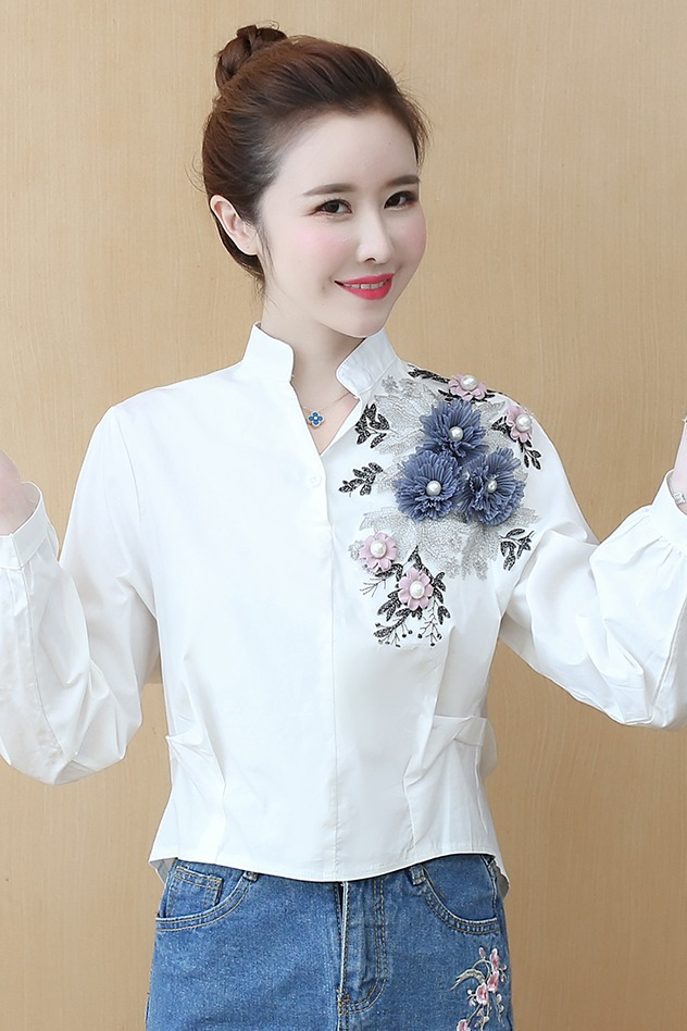 实拍2020纯棉春装新款韩版时尚绣花装饰长袖衬衫女休闲百搭白衬衣