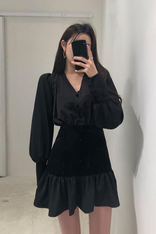 现货!韩国chic复古法式收腰V领荷叶边丝绒拼接长袖高腰连衣裙