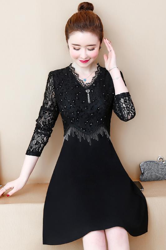 实拍大码女装蕾丝连衣裙2020春气质中长款洋气拼接打底a字裙现货